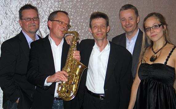 Musik til festen - Davids Decible - Elmerdahl.dk