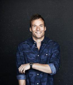 Simon Talbot - Standup komik - Elmerdahl.dk